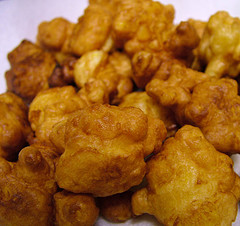 Round anisette fritters